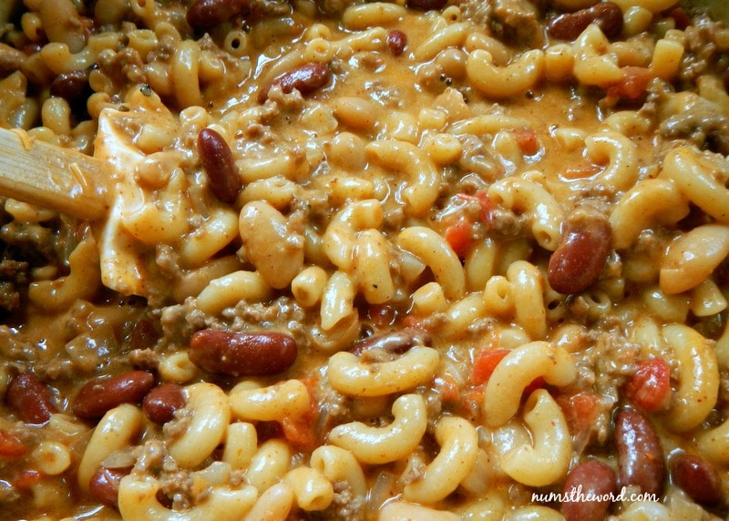 One Pot Chili Mac - Final photo of chili mac in pot