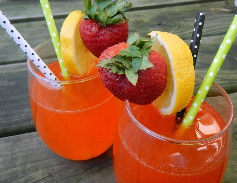 Natural Strawberry Lemonade - image of two glasses of lemonade ready to be sipped.