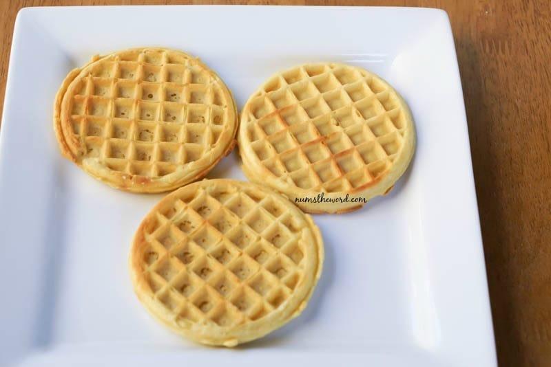 Nutella Waffle Breakfast Pizza