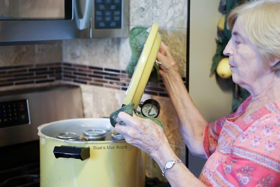 open pressure cooker