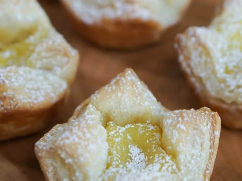 Easy Lime Curd Puff Pastry Tarts {or Lemon Curd!} - Num's the Word